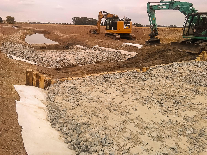 Bild 6 | Renaturierung Breiter Graben - Bau einer Stützschwelle