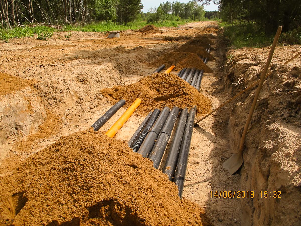 Bild 13 - Leitungen für Grundversorgung